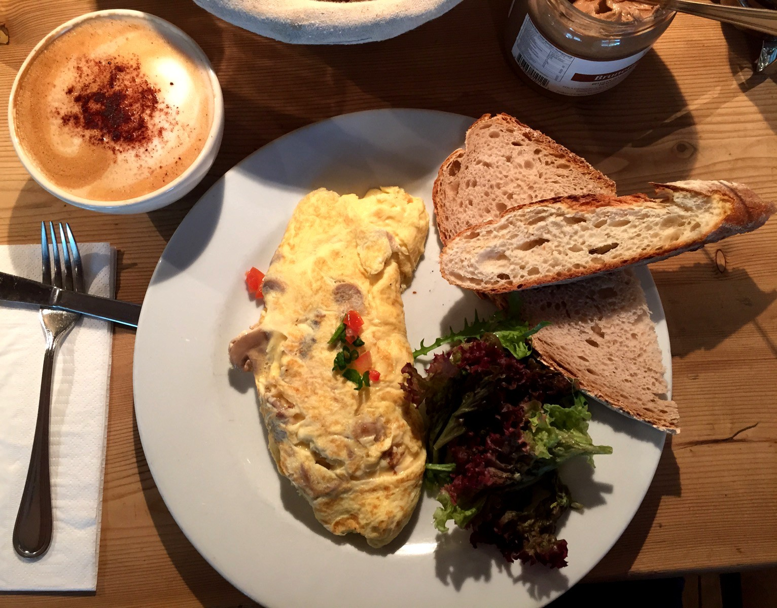 organic breakfast at le pain quotidien_dubai